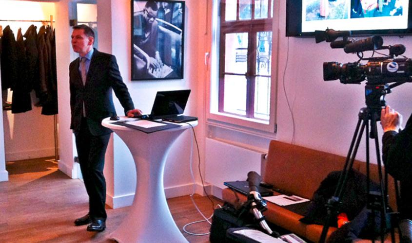 Pressekonferenz-mit-Herrn-Wichert